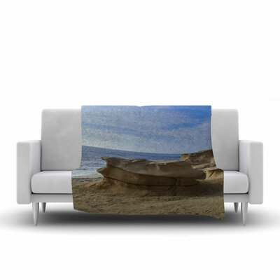 Nick Nareshni Rocks on the Beach Fleece Throw Size: 50 W x 60 L