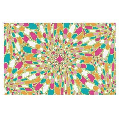 Flourishing Doormat Color: Green