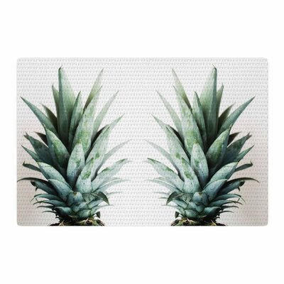 Chelsea Victoria Two Pineapples Green/Gold Area Rug Rug Size: 4 x 6