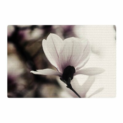 Chelsea Victoria Vanilla Magnolia Floral Yellow Area Rug Rug Size: 4 x 6