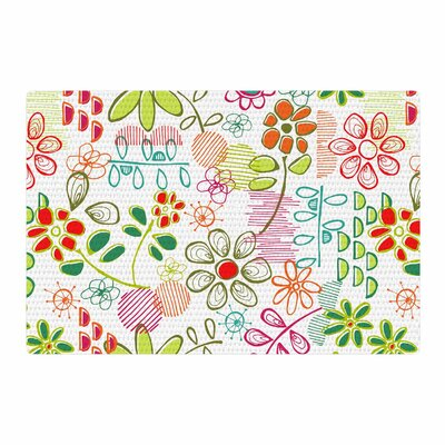 Holly Helgeson Wildflower White Area Rug Rug Size: 2 x 3