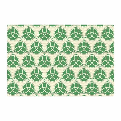 Celtic Pattern Green/Beige Area Rug Rug Size: 4 x 6