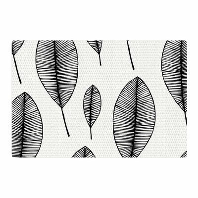 Leaves Black/White Area Rug Rug Size: 4 x 6