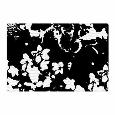 Love Midge Helena Floral Black Floral Modern Black/White Area Rug Rug Size: 4 x 6