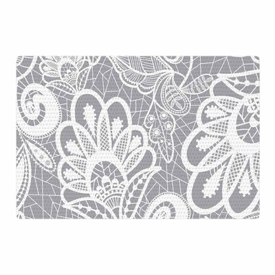 Petit Griffin Lace Flower Gray/White Area Rug Rug Size: 4 x 6