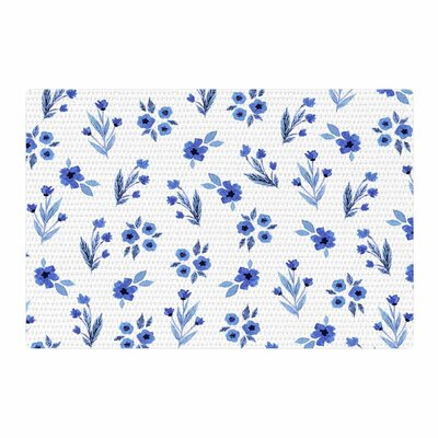 Starwberringo Floral Pattern White/Blue Area Rug Rug Size: 2' x 3'