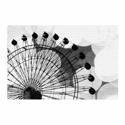 Sylvia Coomes Ferris Wheel Black/White Area Rug Rug Size: 4 x 6