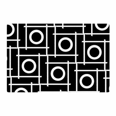 Trebam Unutra Black/White Area Rug Rug Size: 4 x 6