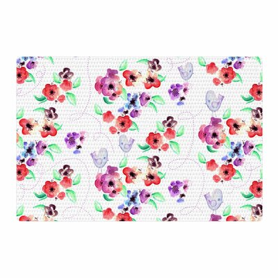 Zara Martina Mansen Spring Flowers and Birds White/Red Area Rug Rug size: 4 x 6