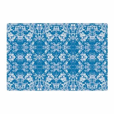 Carolyn Greifeld Modern Damask Pattern Blue/White Area Rug Rug Size: 4 x 6