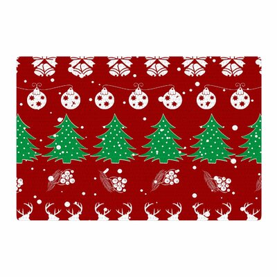 Famenxt Christmas Vibes Illustration Red/Green Area Rug Rug Size: 4 x 6