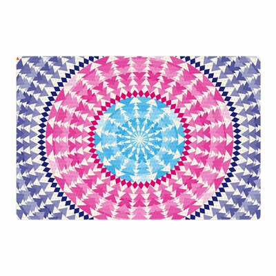 Famenxt Mandala Illustration Pink/Blue Area Rug Rug Size: 4 x 6