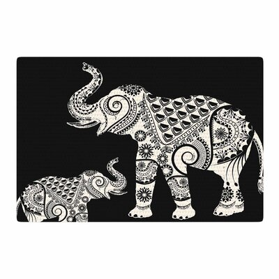 Famenxt Ornamental Indian Elephant Digital Black/White Area Rug Rug Size: 4 x 6