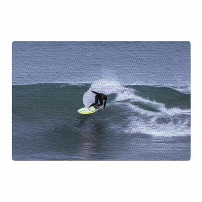 Nick Nareshni Surfers Ride Blue/White Area Rug Rug Size: 4 x 6