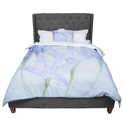 Iris Lehnhardt Triplet Lily Flower Comforter Size: King