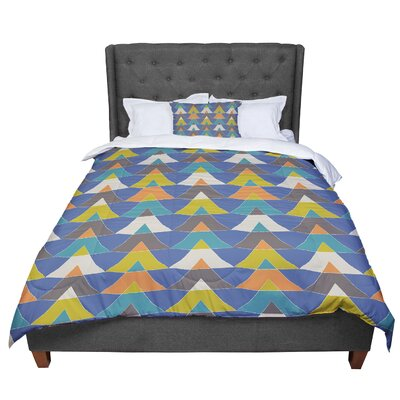 Julia Grifol Triangles Comforter Size: King