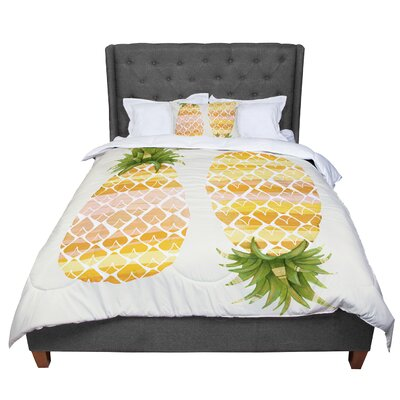 Judith Loske Happy Pineapples Comforter Size: King