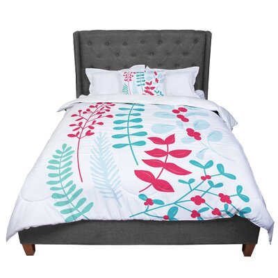 Deck the Hollies Comforter Size: King, Color: Red/Teal