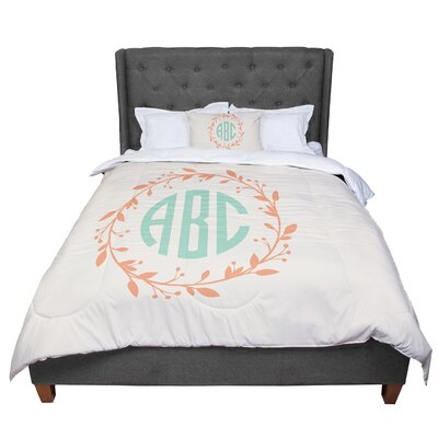 Classic Wreath Monogram Typography Comforter Size: Twin, Color: Cream/Green