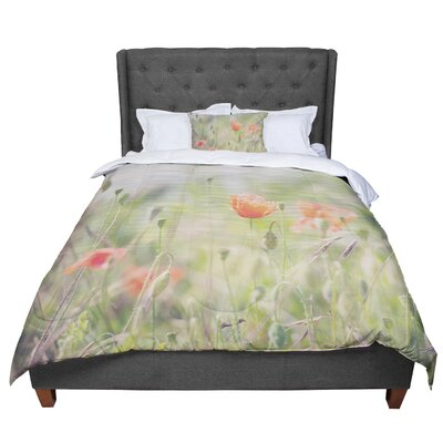 Laura Evans Fields of Remembrance Comforter Size: King