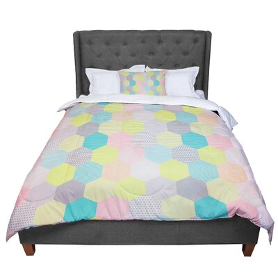 Louise Machado Pastel Hexagon Geometric Comforter Size: Queen