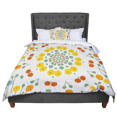 Laura Nicholson Ranunculas Floral Comforter Size: King
