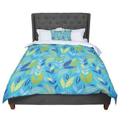 Michelle Drew Underwater Bouquet Comforter Size: Queen, Color: Blue