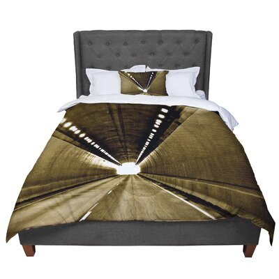 Maynard Logan Tunnel Comforter Size: King