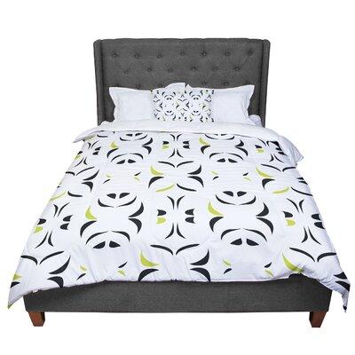 Miranda Mol Retro Snow Storm Comforter Size: King