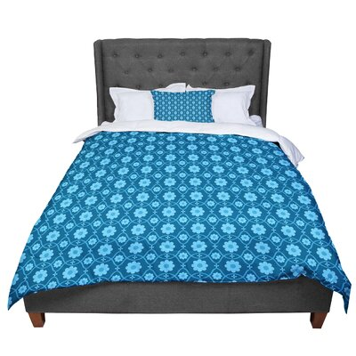 Nandita Singh Floral Pattern Comforter Size: Queen, Color: Blue