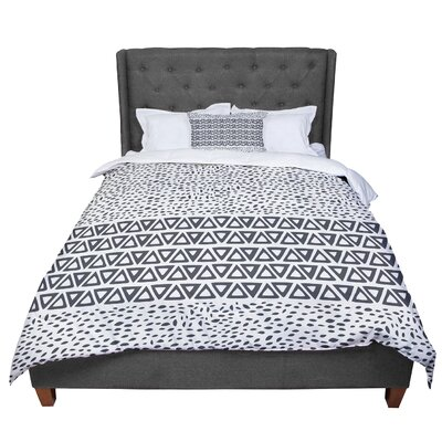 Pom Graphic Design Wind Day Comforter Size: King, Color: White/Black
