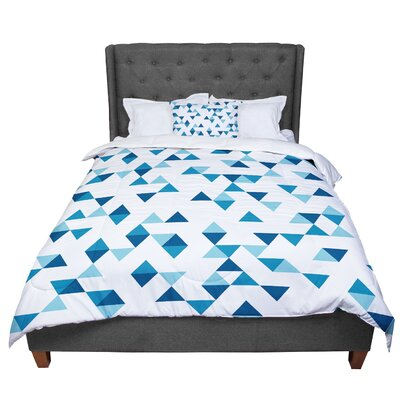 Project M Triangles Comforter Size: King, Color: Blush/Blue