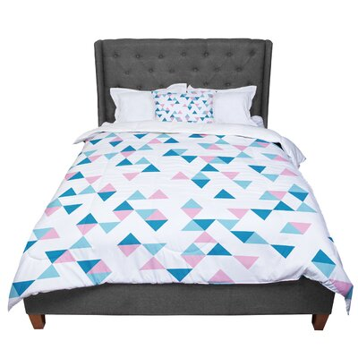 Project M Triangles Comforter Size: King, Color: Navy/White