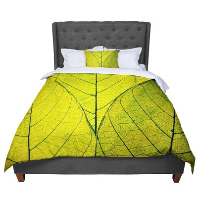 Robin Dickinson Every Leaf a Flower Comforter Size: King