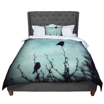 Robin Dickinson on Top Comforter Size: King
