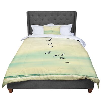 Robin Dickinson Across the Endless Sea Birds Comforter Size: Twin