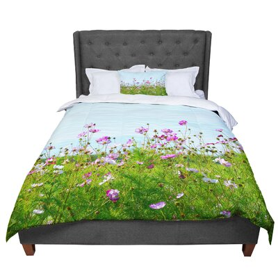 Robin Dickinson I Choose Magic Flowers Comforter Size: Twin
