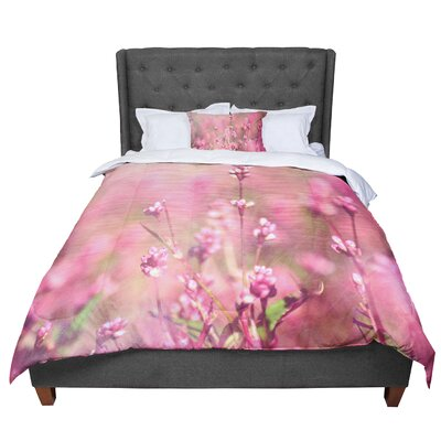 Robin Dickinson Its a Sweet Life Flowers Comforter Size: Queen