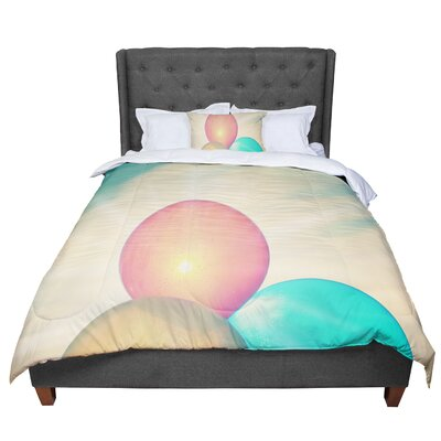Robin Dickinson Balloons Clouds Comforter Size: King