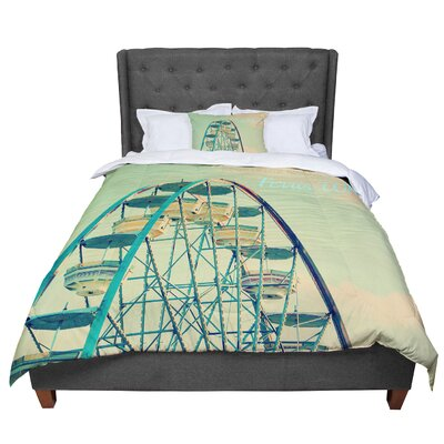 Robin Dickinson Ferris Wheel Comforter Size: King
