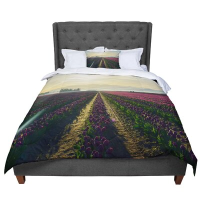 Robin Dickinson Here Comes the Sun Flower Landscape Comforter Size: King