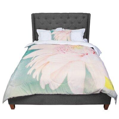Robin Dickinson Wonderful Comforter Size: Queen