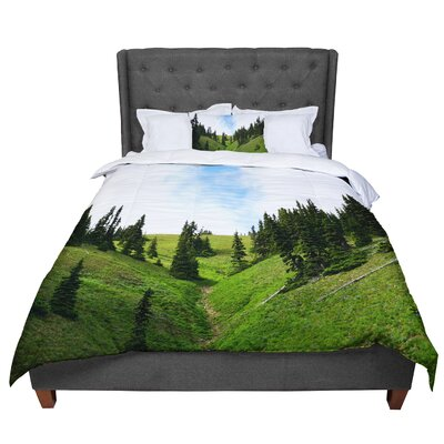 Robin Dickinson Going to the Mountains Comforter Size: Queen