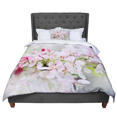 Sylvia Cook April Flowers Comforter Size: Queen
