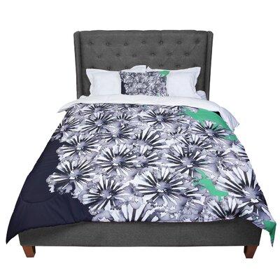 Sonal Nathwani Flowers Comforter Size: Queen