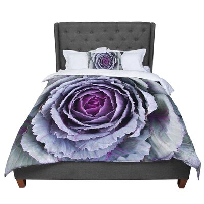Susan Sanders Flower Love Comforter Size: King