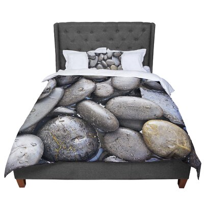 Susan Sanders Skipping Stone Comforter Size: King