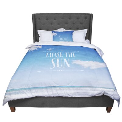 Susannah Tucker Chase the Sun Beach Sky Comforter Size: Twin