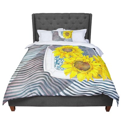 S. Seema Z Finall Sunflower Flower Comforter Size: King