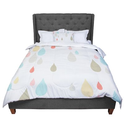 Very Sarie Rainy Days Comforter Size: King